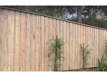 AVOCA BEACH FENCING & GATES