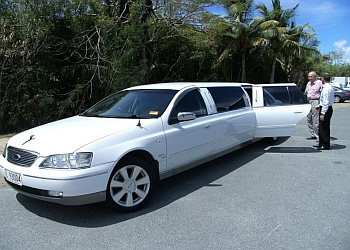 Cairns Limousines