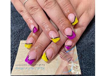 Carla's Nails & Beauty