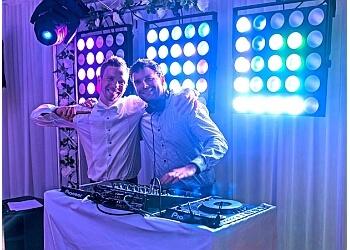 Complete DJ