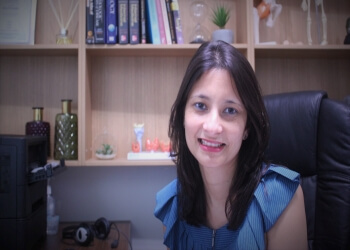 DR. DEVINA JOSHI