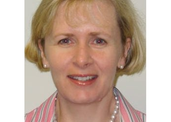 Dr. Kirsten Hoyle
