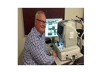 Davey & Associates Optometrists - Dr. Brian Davey