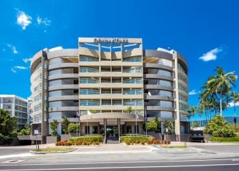 DoubleTree by Hilton Hotel