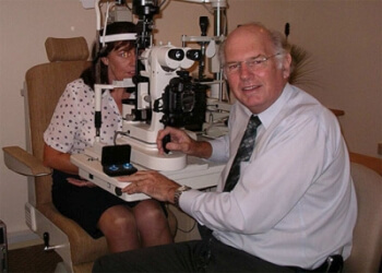 Dr. Alan Burrow & Associates Optometrists