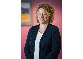 Dr. Bronwen Byrne