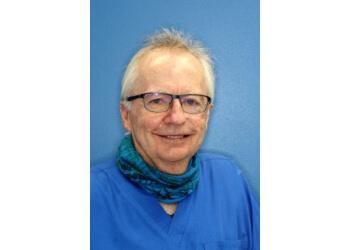 Dr. Bruce Gray