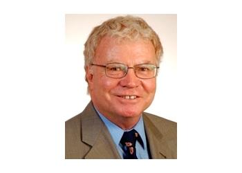 Dr. Bruce Lewis