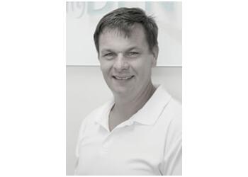 Dr. Colin Fraser