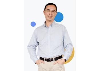 Dr Eden Lau