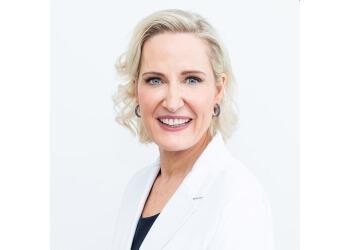 Dr. Elizabeth Dawes-Higgs