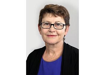 Dr. Elizabeth Green