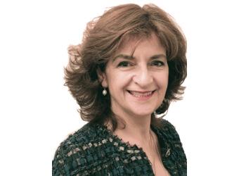 Dr. Euahna Varigos