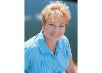 Dr. Heidi Upneck-Nel
