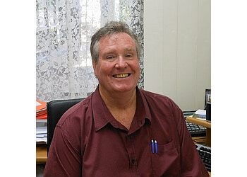 Dr. Ian Ritchie