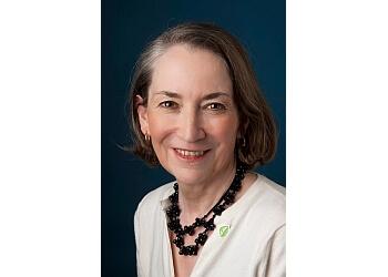 Dr. Julia Lowe