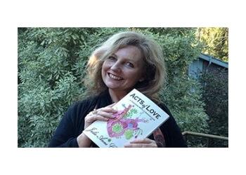 Dr. Julie-Anne Geddes