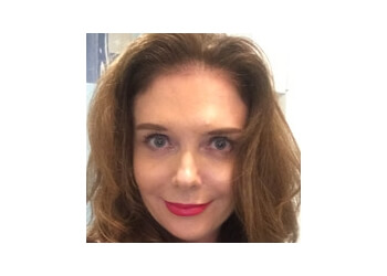 Dr. Kim Newnham