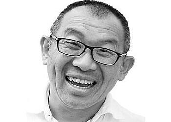 Dr. Kin Lee