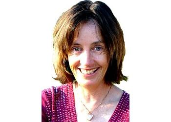Dr. Linda Bruce