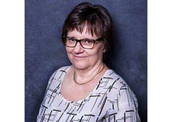 Dr. Lola Kerr