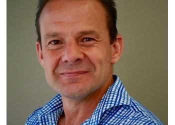 Dr. Luc Evans