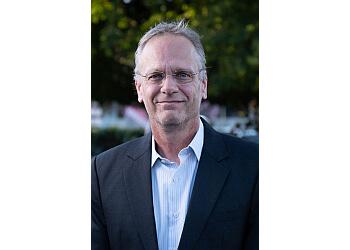 Dr. Matthias Rau