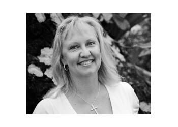 Dr. Melissa White