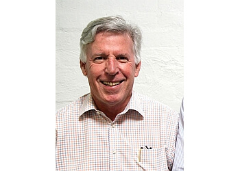 Dr. Mortensen Peter