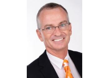 Dr. Patrick Hannan