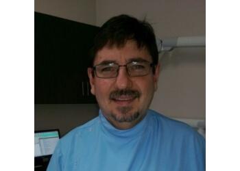 Dr. Peet Niehaus