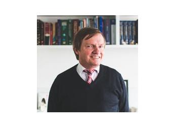 Dr. Peter Bryan