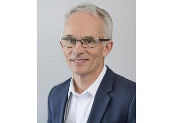 Dr. Peter Callan