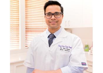 Dr. Rajesh Tomar
