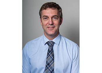 Dr. Simon Craig