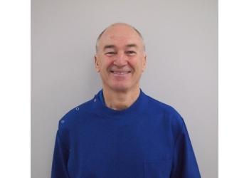 Dr. Simon Denney