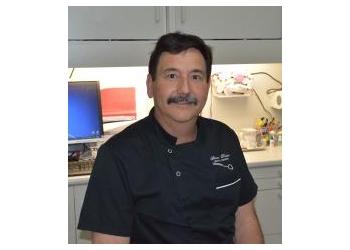Dr. Steven Porter