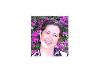 Dr. Vanessa Ghea