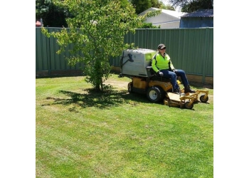 Edge Gardening and Mowing