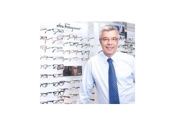 EyeQ Optometrists - Dr. Peter Rose