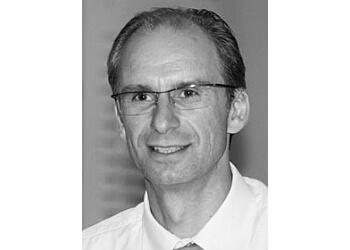 Kosmac & Clemens Optometrists - Dr. Edward Kosmac