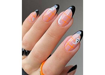 Neonails on Keppel