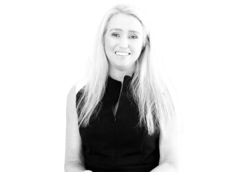 Painless - Dr. Stephanie Davies