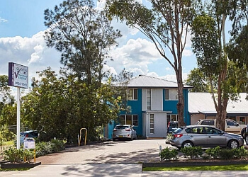 QUAKERS HILL VETERINARY HOSPITAL