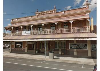 The Old Bundy Tavern