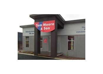 Tom Moore u0026 Son Garage Doors  sc 1 st  Three Best Rated & 3 Best Garage Door Repair in Devonport TAS - Top Picks July 2018
