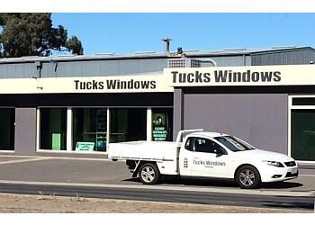 Tucks Windows